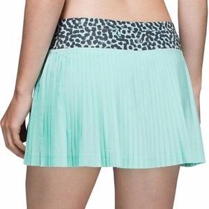 Lululemon Pleat to Street Skirt Size 6